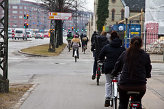 A Few Citizen Cyclists (Mikael Colville-Andersen) Tags: winter bike bicycle copenhagen rushhour cyclechic velopassioncc