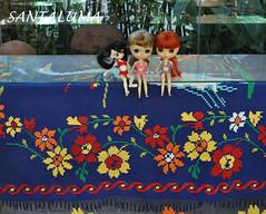 Lissha,Iani e Aisha mostrando a tapeçaria de Cuiabá!!