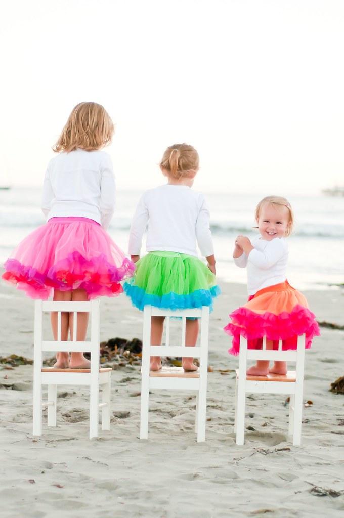 girls in petticoats-0320