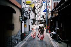 Coming and going (kenzodiazepine) Tags: film kyoto contax kimono gion t2 comingofage 成人式 京都 祇園