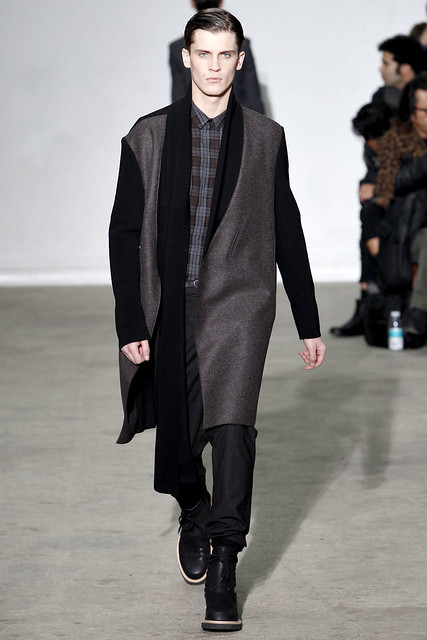 FW11_Paris_Kris Van Assche025_William Eustace(VOGUEcom)