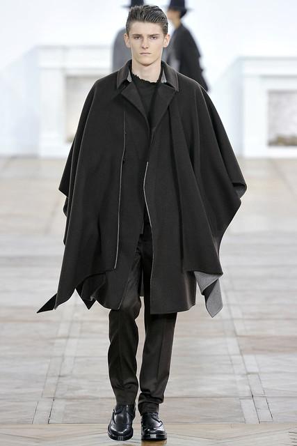 FW11_Paris_Dior Homme006_Alexander Beck(VOGUEcom)