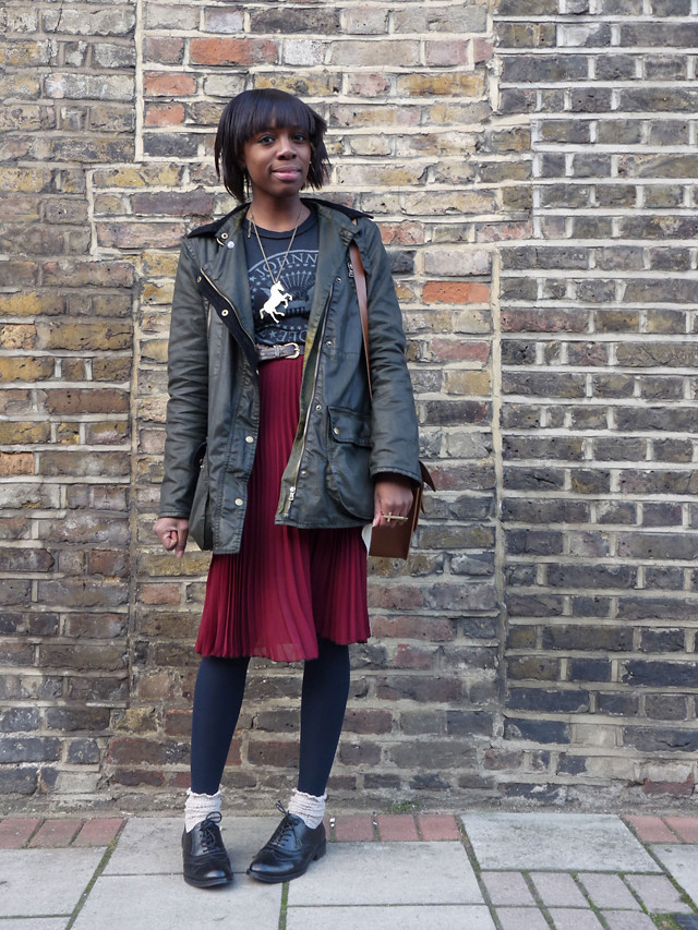 topshop pleated skirt ramones tee