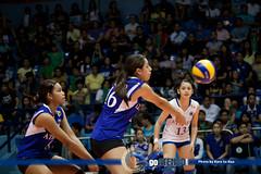 Ateneo vs DLSU Women's Volleyball-69 (thelimitdne) Tags: 2 sports season women amy philippines womens round volleyball vs ateneo 73 uaap dlsu admu ahomiro