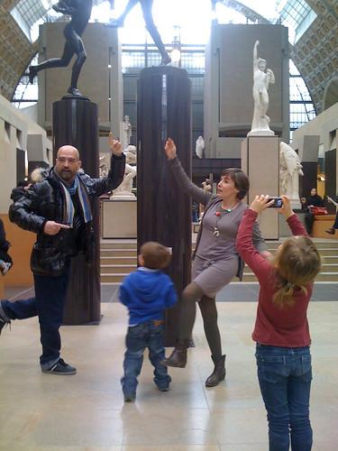 Le musée peut être un lieu de recueillement… ou pas !! #OrsayCommons