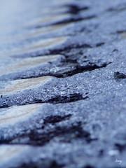 Colder (I m y) Tags: blanco azul agua carretera nieve negro capa corazn hielo imy vicnamar