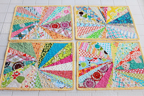 Scrappy Starburst Placemats - 39:365
