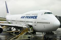 Air France - F-GITI - Boeing 747-428 (Oscar von Bonsdorff) Tags: paris france international seoul ke af charlesdegaulle boeing747 747 gmp airfrance b747 747400 cdg 744 koreanair kimpo afr b747400 korearepublicof lfpg b744 747428 b747428 fgiti airfrans rkss af264 ke5902 lsdilfc msn32869 af0264 ln1327 serialnumber32869ln1327