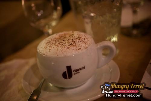 Mundo Cafe & Restaurant
