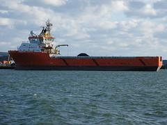 Normand Aurora (Parchimer) Tags: rügen schiff vorpommern supplyvessel mukran versorger tugsupplies