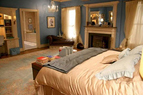 blair-waldorfs-bedroom