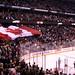 Kanada-Flagge in Ottawa während der kanadischen Nationalhymne
