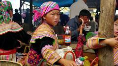 (t3mujin) Tags: street people girl asia market vietnam minority sapa hmong bacha porttrait lx3 viaflickrqcom
