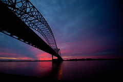 Sun Sets Over the Mississippi (Thomas Hawk) Tags: bridge sunset usa river unitedstates fav50 10 memphis tennessee unitedstatesofamerica fav20 mississippiriver arkansas fav30 newbridge hernandodesotobridge fav10 fav25 fav40 fav60 fav90 fav80 fav70 superfave