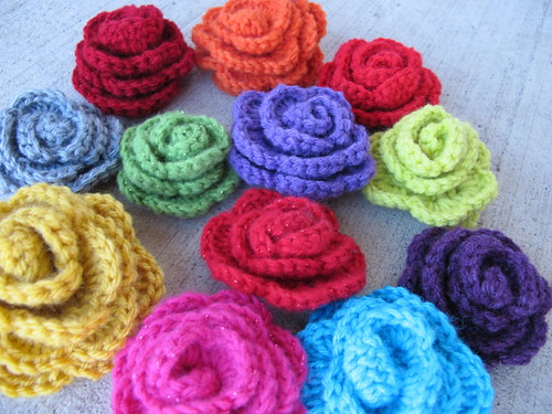 A rainbow of roses - Frida party favors