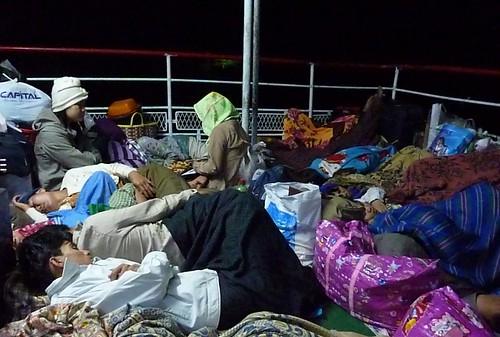 Yangon-Pathein-Bateau-Soiree (18)
