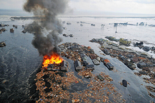 japan-earthquake-tokyo-fires