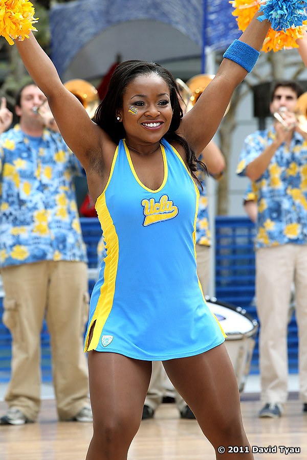 UCLA Dance Team 047