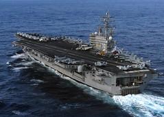 [フリー画像] 乗り物, 船・船舶, 軍用船, 航空母艦, ロナルド・レーガン (CVN-76), アメリカ海軍, 2011年東北地方太平洋沖地震, 201103162300