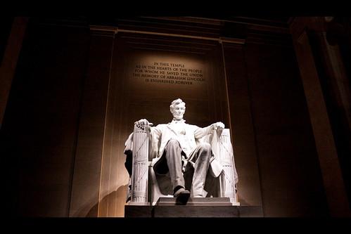 [フリー画像] 芸術・アート, 彫刻・彫像, リンカーン記念館, エイブラハム・リンカーン, アメリカ合衆国, 201103240500
