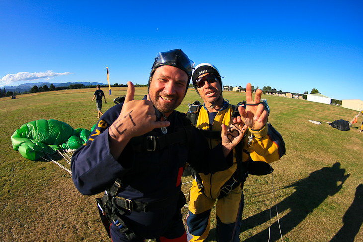 Abel tasman sky dive new zealand