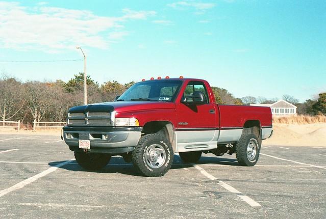 film truck 35mm canon eos rebel 50mm prime 2000 4x4 kodak capecod 1996 pickup filter 400 dodge ram polarized cummins 2500 96