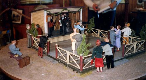 Dansbanan, Laxön