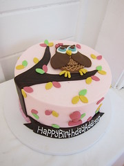 Owl Birthday Cake (Polkadots (Olga)) Tags: custombirthdaycake customweddingcake modernbirthdaycake childrenbirthdaycake customcakeaustintx customcupcakesaustintx polkadotscupcakefactoryaustintx customhandicedcookies weddingcakeaustintx customcakeaustin customhandicedsugarcookies moderncustomcakeaustintx