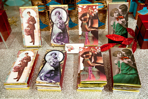 Vintage-wrapped Valentine's Day edition chocolate bars