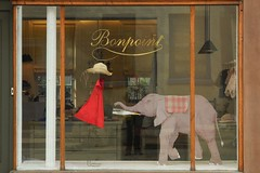 bonpoint elephant (omoo) Tags: newyorkcity window glass reflections store display westvillage storefront windowdisplay strawhat greenwichvillage bleeckerstreet littlereddress childrensclothing bonpoint 392bleekerstreet elephantinthestorewindow bonpointelephant