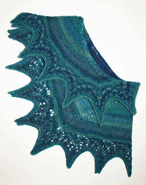 Shawlette - Handspun BFL, Royal Blue & Turqouise - blitz IMG_4408