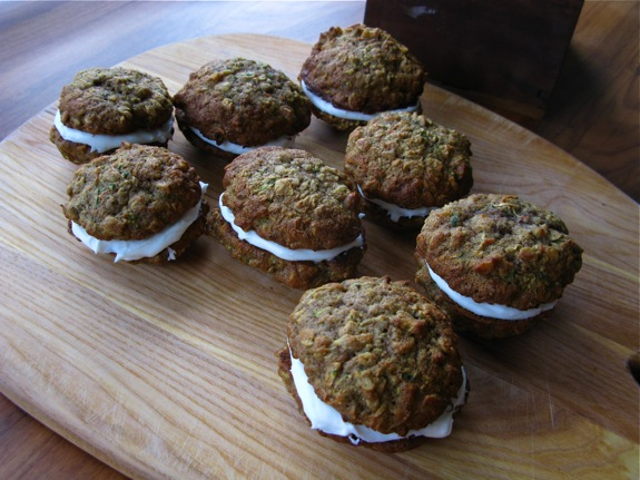 zucchini cookie sandwiches 003