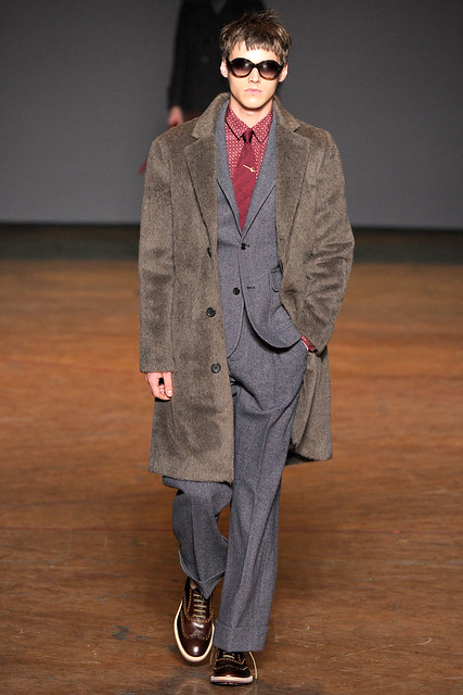 Robbie Wadge3485_FW11_NY_Marc by Marc Jacobs(VOGUEcom)
