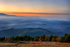 Misty mountains (grazanna) Tags: sunset mountains misty montagne landscape tramonto paesaggio foschia sangiacomo