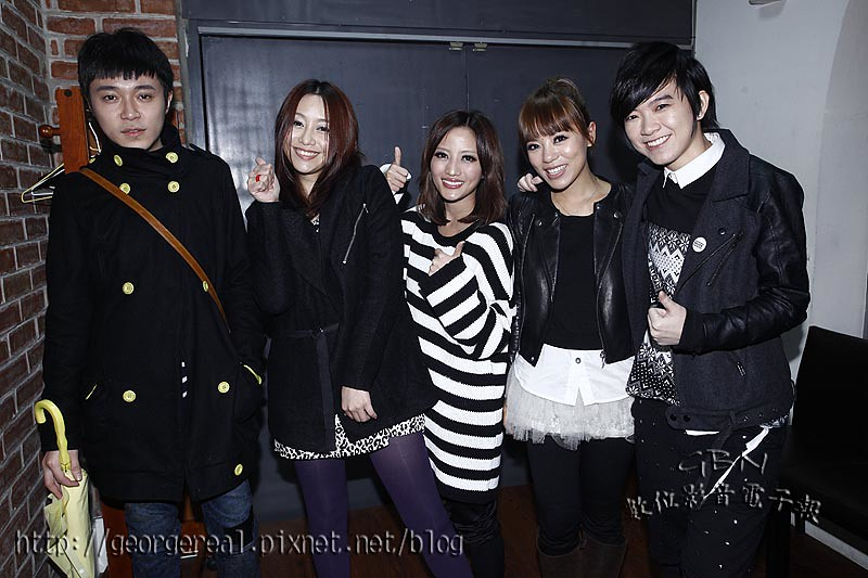 GBN-20110220-101