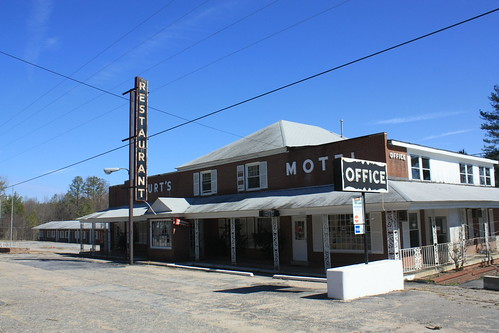 Abandoned Wilmurt's Motel and Restaurant