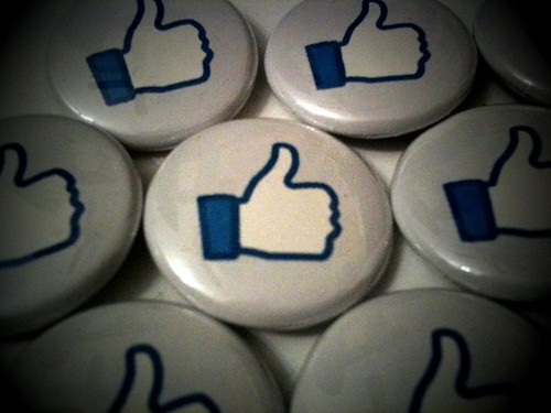 FACEBOOK LIKE (white) - a pinback button set