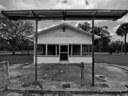 Dead Filling Station #3