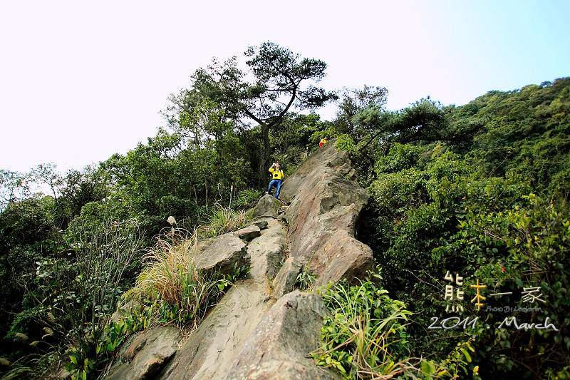 三峽五寮尖|傳說中的猴精|五層樓高垂直峭壁山脊線|桂林山水