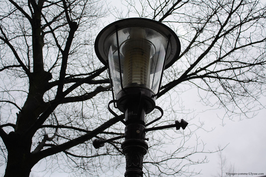 Gros plan d'un lampadaire d'Amsterdam