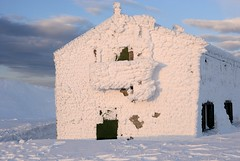 Rifugio allo Scaffaiolo (alberto.savelli) Tags: italy snow landscape nikon appennino scaffaiolo appenninosettentrionalealpinatura