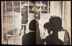 Koen Wessing Entrada al Estadio Nacional 1973 (santiagonostalgico) Tags: chile santiago country 11 septiembre 1973 wyman fotografo holandes