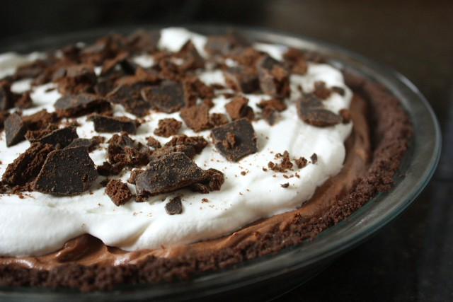 Chocolate Thin Mint Pie - Completely Delicious
