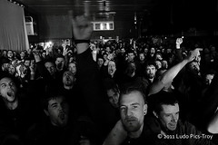 Lofofora / Cot concert / Tattoo World 2011 @ Strasbourg (Ludo Pics-Troy) Tags: show mars 6 metal tattoo canon word photo concert punk photos pics live ska 8 troy strasbourg crew alsace convention reggae groupe molodoi extinct skinhead ludo tatouage vdk conduct lofofora eos50d 86 picstroy 2011evil