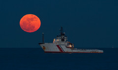 Coast Guard (Trav155) Tags: uk sea sky coastguard moon beach night canon coast boat kent big ship super fullmoon 7d deal rise traviss ddcc supermoon paultraviss trav155 dealdistrictcameraclub httpddccwordpresscom