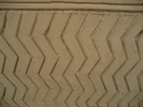 Zigzag pargeting