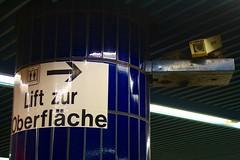 Lift zur Oberflche (Stadtneurotiker) Tags: munich bayern bavaria s1 s3 u3 marienplatz s4 s2 s5 s7 s6 s8 u6 ubahnmnchen sbahnmnchen stadtneurotiker sperrengeschoss mpug2012