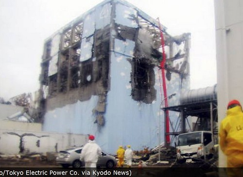 fukushima reactor #2 with waterpumper, there is now fresh water to replace the salt that will cake onto outside of fuel rods and prevent proper cooling.