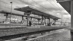 Stazione dei treni (Luigi Pallara) Tags: asuszenfone2 stazione stationofthetrains binari binary snapseed viaggiare travel