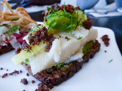 Haddock with leeks on rye